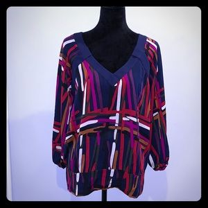 DVF size 8 silk blouse. Excellent condition!